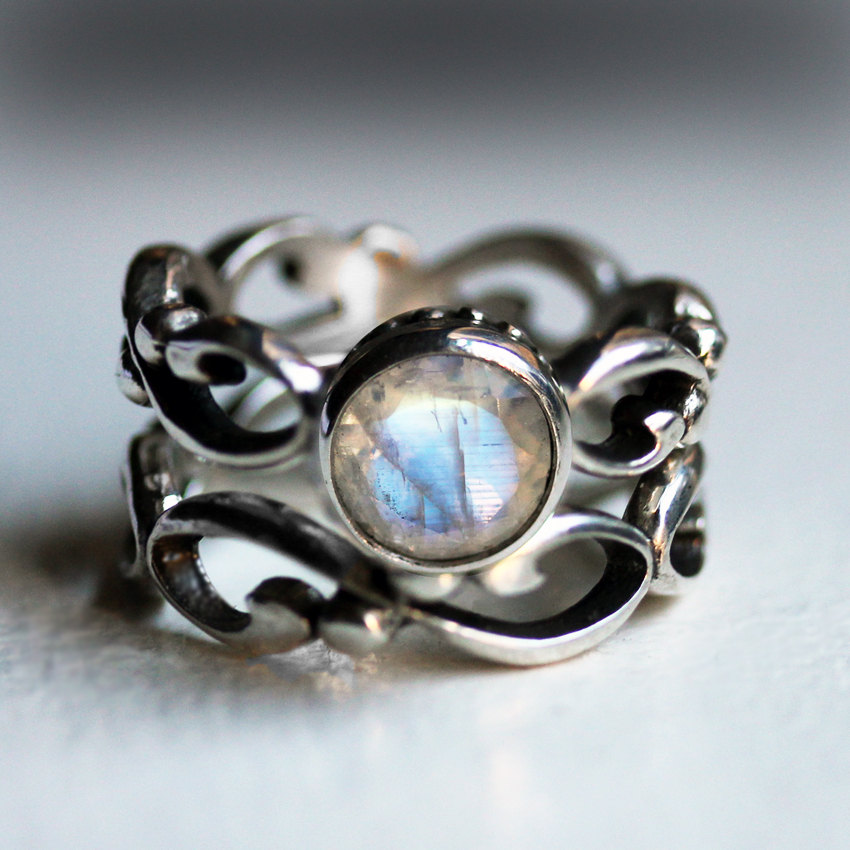Moonstone Engagement Rings Etsy: antique moonstone engagement rings design