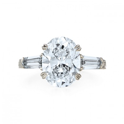Classic Oval Cut Engagement Rings Elegance