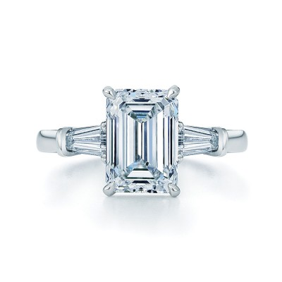Glamor Emerald Cut Engagement Ring Kwiat