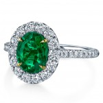green-emerald-engagement-ring-modern