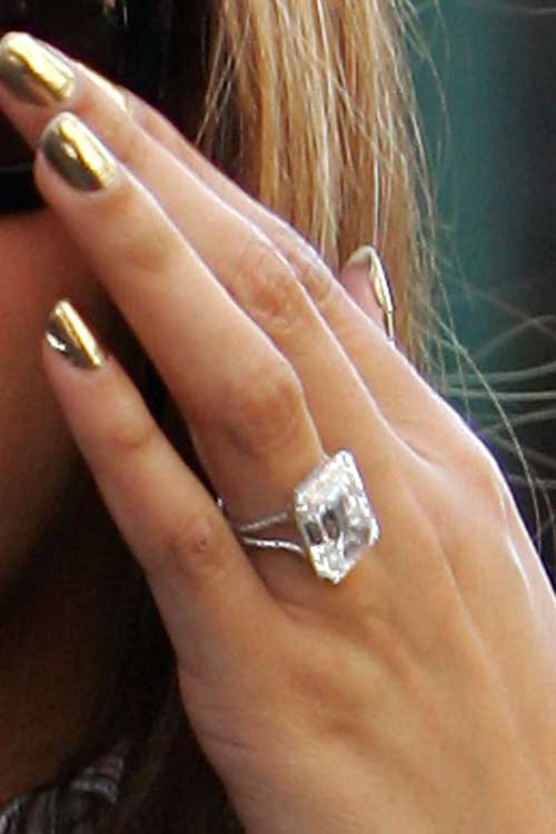 Ashlee Simpson Engagement Ring Cost: square ashlee simpson engagement ring form