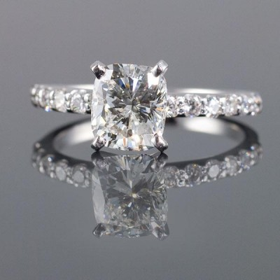 Cushion Square Diamond Engagement Rings For Engagement Party And For Spesial Gift Rings